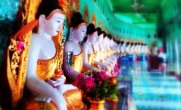 Yangon – Every Buddhas Home – Myanmar