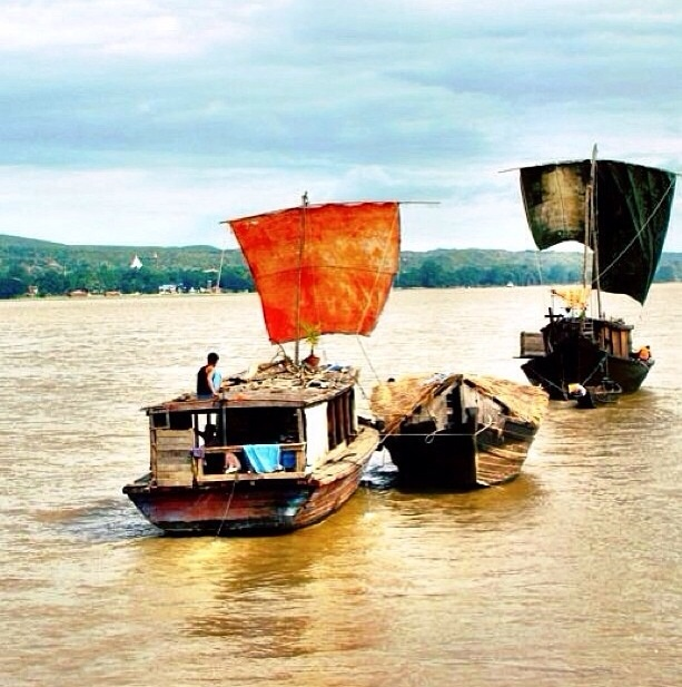 From Bagan to Mandalay by boat